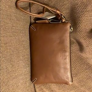 Coach wristlet (new with tag)
